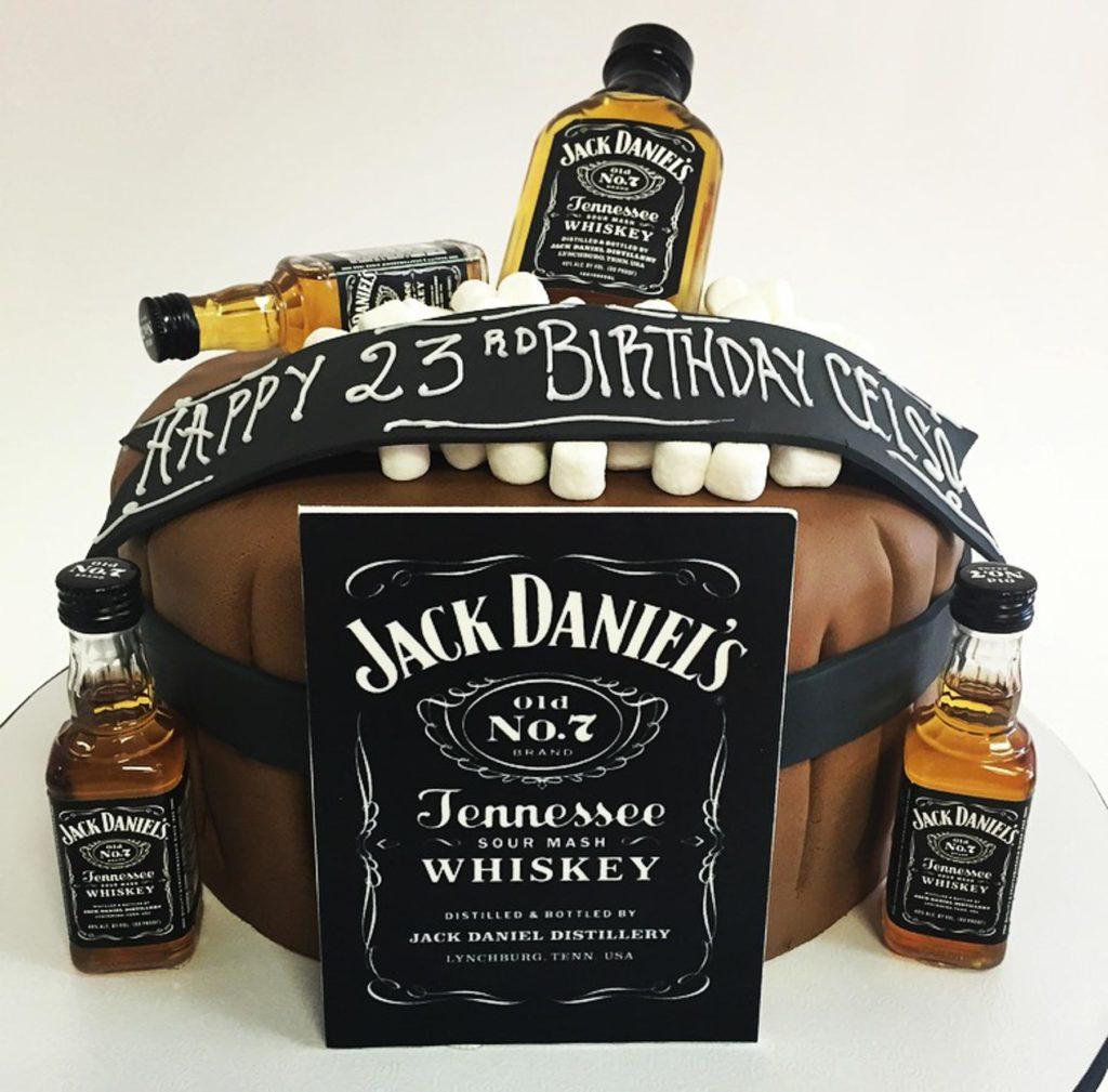 Men S Birthday Cakes