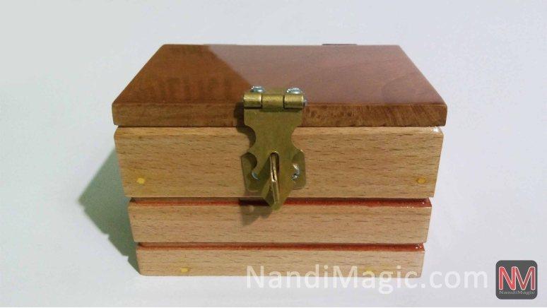magic-watch-box-wooden