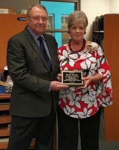 New Albany Elementary School honored Becky Farned with a retirement reception on May 18 and recognized her for 29 years of teaching. On behalf of the School Board of Trustees, Superintendent Jackie Ford presented Mrs. Farned with a plaque. Mrs. Farned taught first grade at New Albany Elementary.