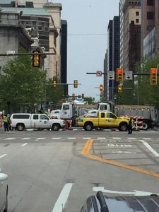 This is how Cleveland blocks an intersection!!