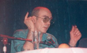 Hunter S. Thompson, the consummate addict. (By Rs79 (Own work) [CC BY-SA 3.0 (http://creativecommons.org/licenses/by-sa/3.0)], via Wikimedia Commons)