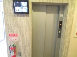 REI難波西:エレベーター