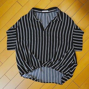 airCloset(エアークロゼット)から届いた服(黒のスキッパーシャツ)