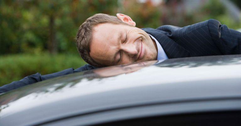 العناية الفائقة بالسيارة