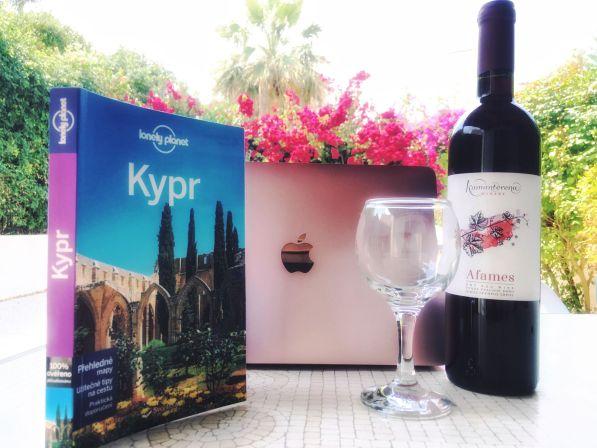 jet nomádit na Kypr