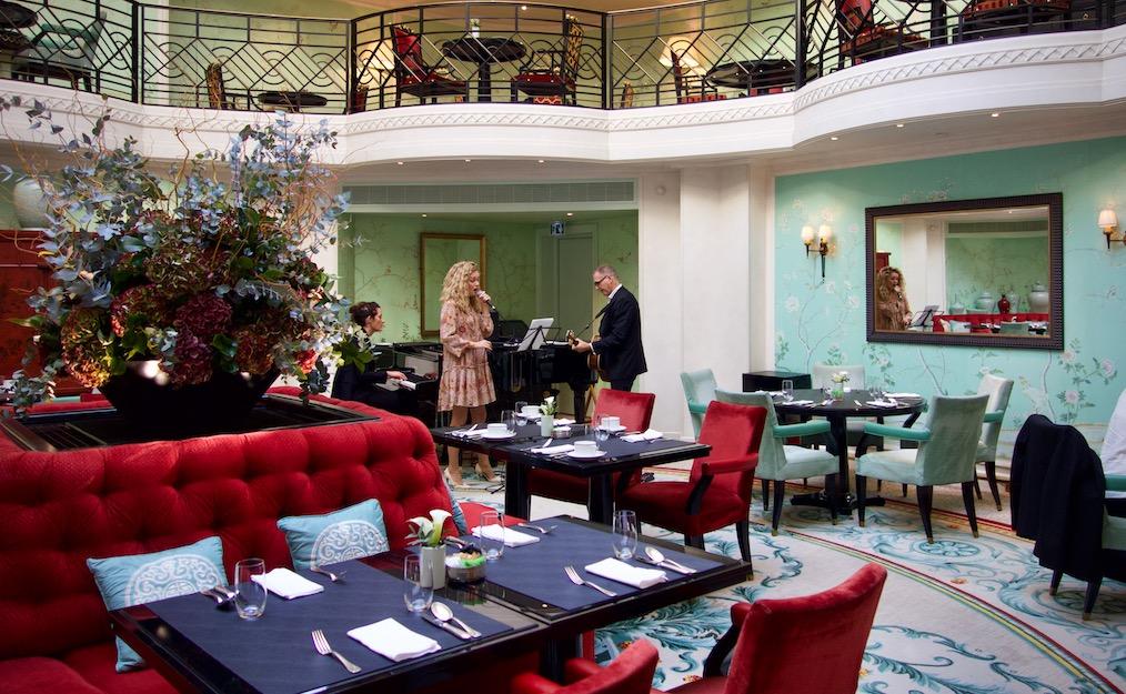 musiciens au restaurant la bauhinia du palace shangri la