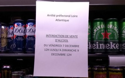 Alcohol banned from sale for the weekend