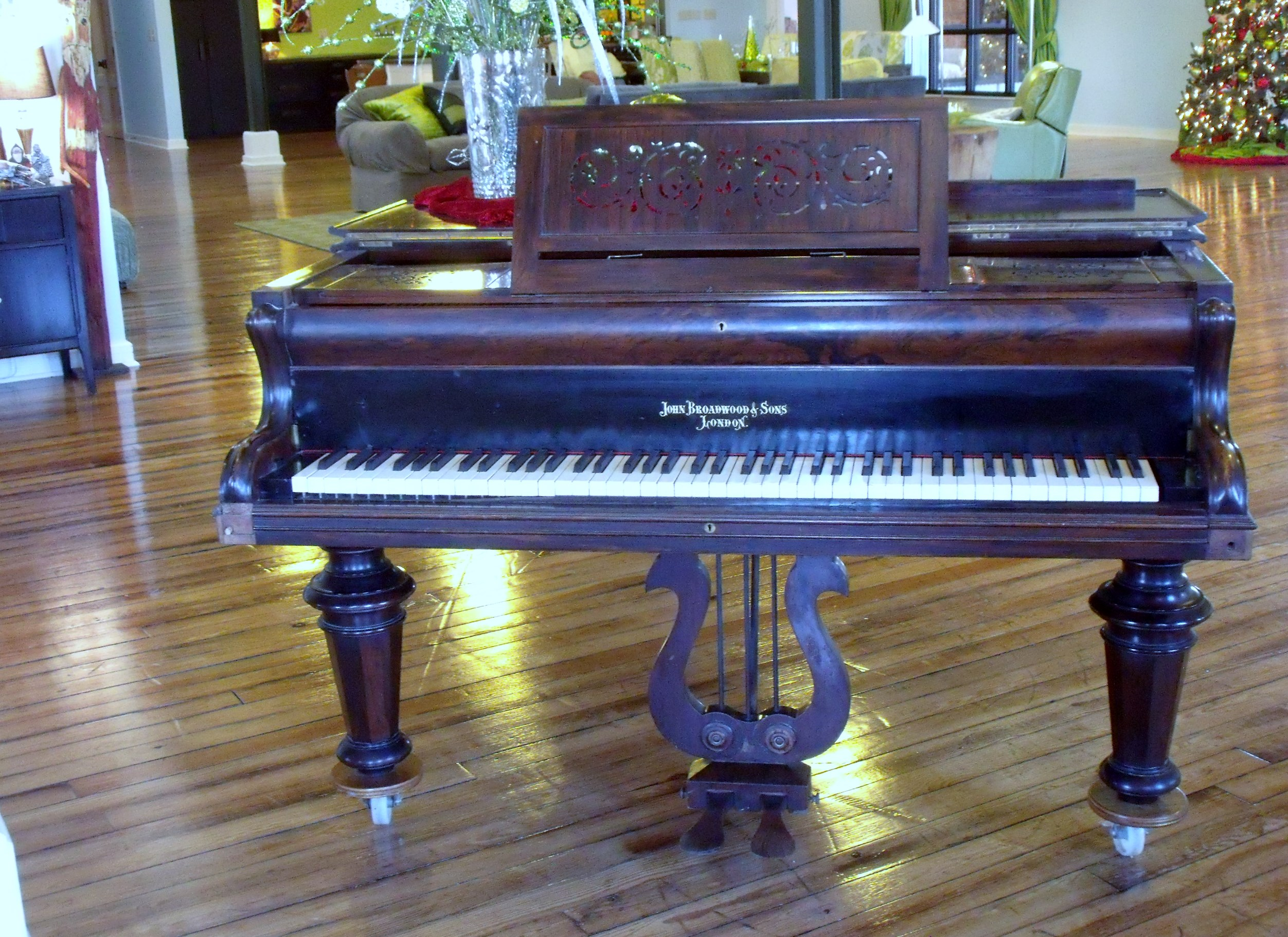 Please Note That This Piano, Built In The 1800s, Is The Same Type