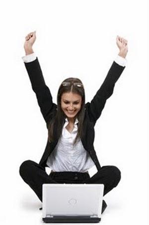 https://i0.wp.com/naoacredito.blog.br/wp-content/uploads/2011/07/mulher-feliz-trabalhando.jpg