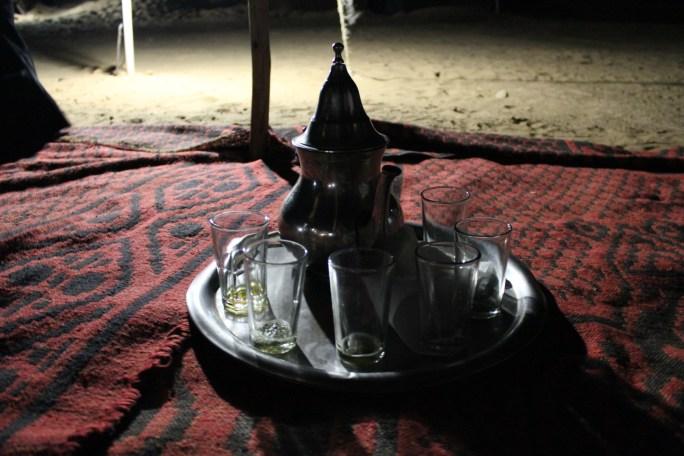 chá_de_menta_marrocos_deserto