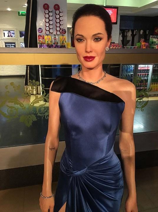 Angelina Jolie, simplesmente perfeita!