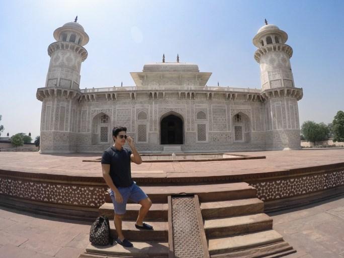 baby-taj-agra-india-nao-e-caro-viajar-01