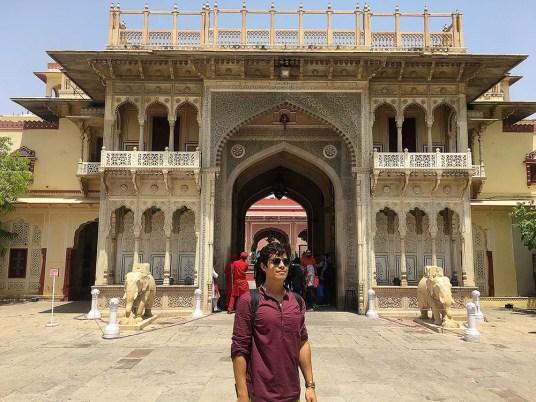 india_jaipur_city_palace_nao_e_caro_viajar_palacio_da_cidade_museu_entrada
