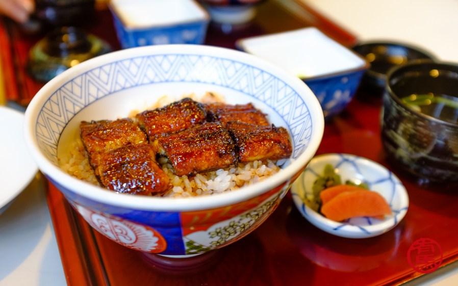 Prato típico da culinária, enguia na brasa com arroz. japonesa