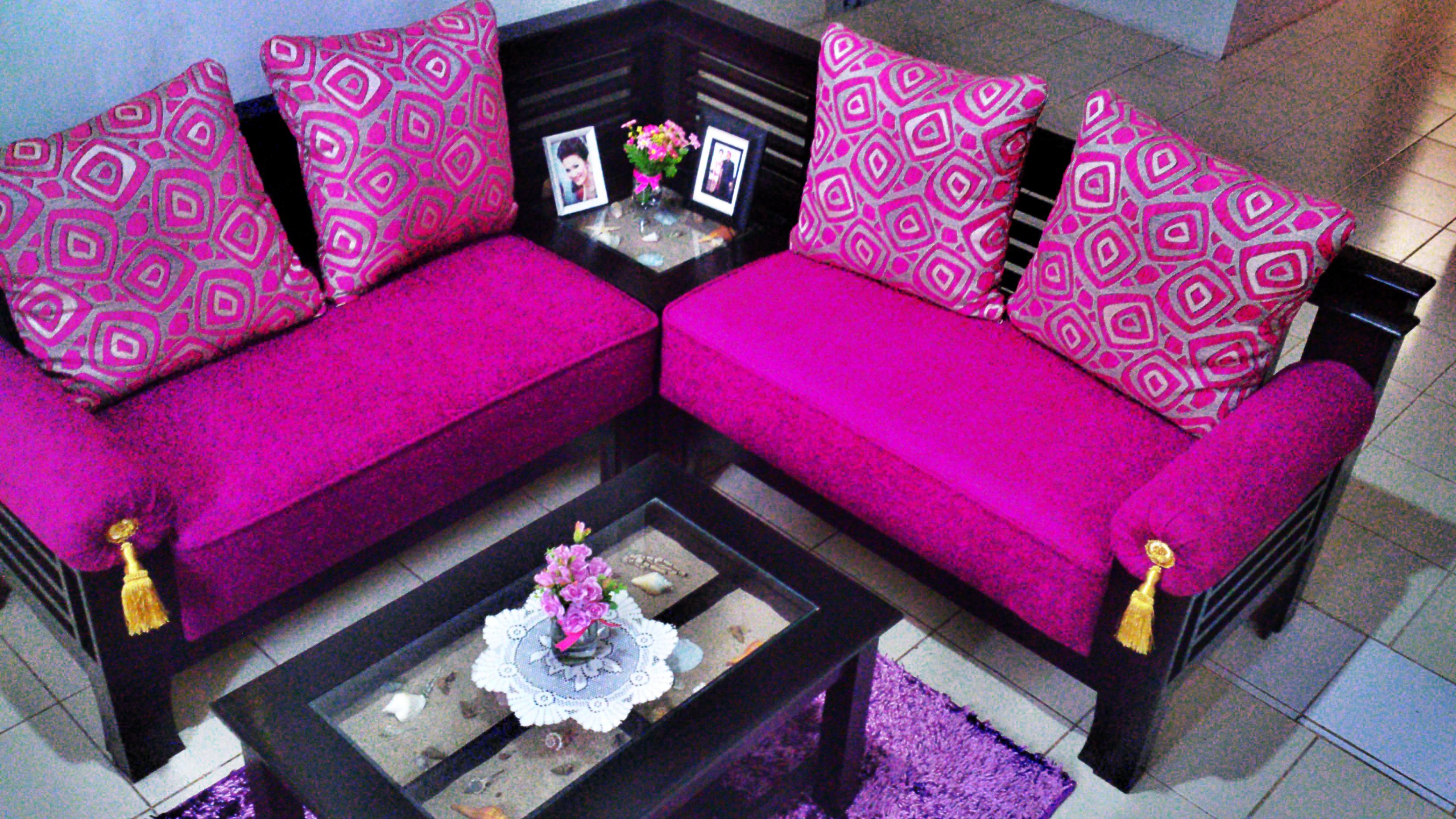 fuschia sofa breakfast table house it 39s simply naomi
