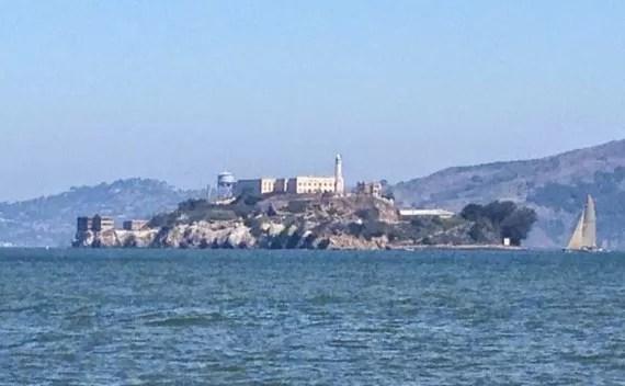 Passeio pela Ilha de Alcatraz e tour guiado em português