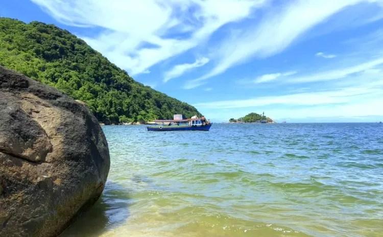 Como chegar à Praia do Sangava desde Santos?