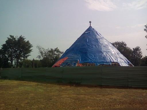 Kasubi tomp renovating