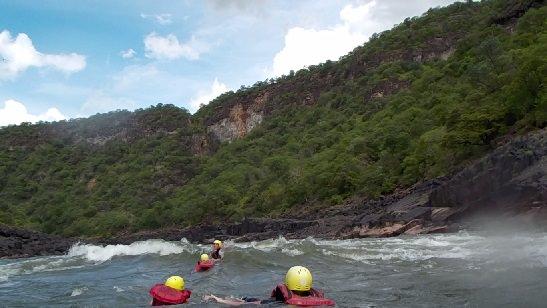 rafting-swiming