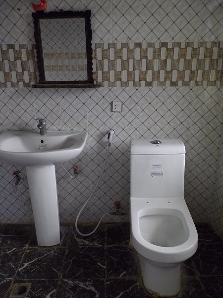 Africa Hotel Toilet