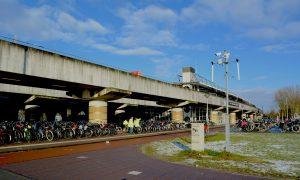 Station Lelylaan, een van de stations waar de reizigers zich het onveiligst voelen. (Foto: Boris Lemereis)
