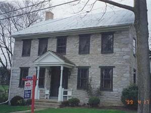 colonial pennsylvania stone house