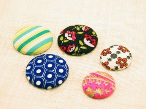 covered button magnets from Craft Leftovers