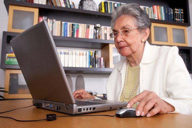 woman_on_a_laptop