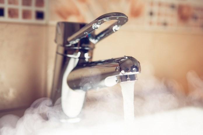 В Украине планируют ввести абонплату за отопление и воду