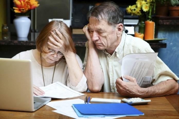 Надо ли получателю субсидии оплачивать долги?