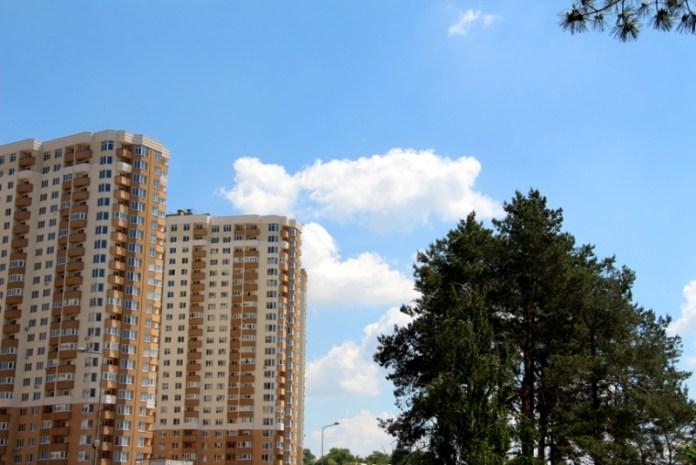 Современные ЖК Броваров «Крона Парк» и «Лесной квартал» — о ценах