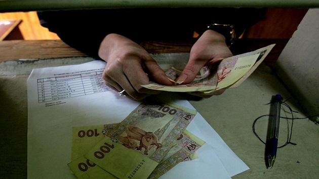 В Кабмине пообещали, что пенсии будут выплачены вовремя и в полном объеме