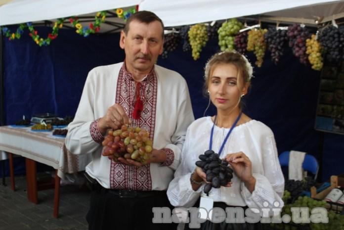 Львівський виноградар культивує понад 700 сортів сонячної лози