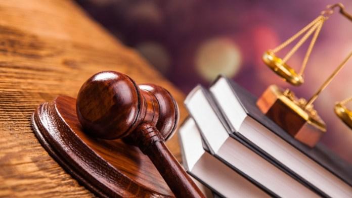 Расчет трудового стажа: когда надо обращаться в суд?
