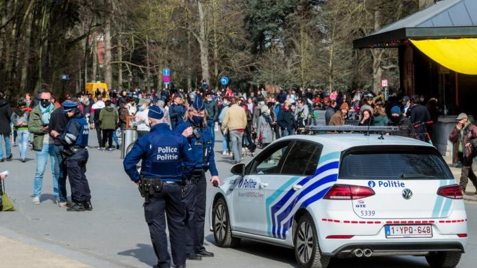 Суд обязал правительство Бельгии снять все ковидные ограничения в течение 30 дней
