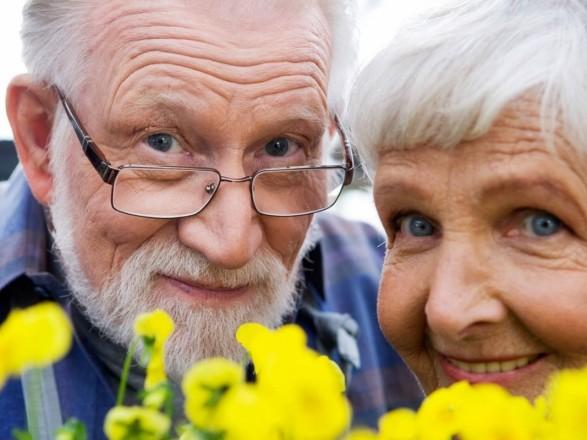 Україна відзначає Міжнародний день літніх людей і День ветерана