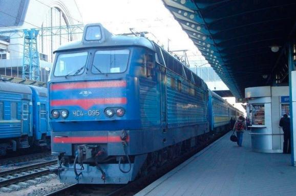 Назначены дополнительные поезда ко Дню Независимости
