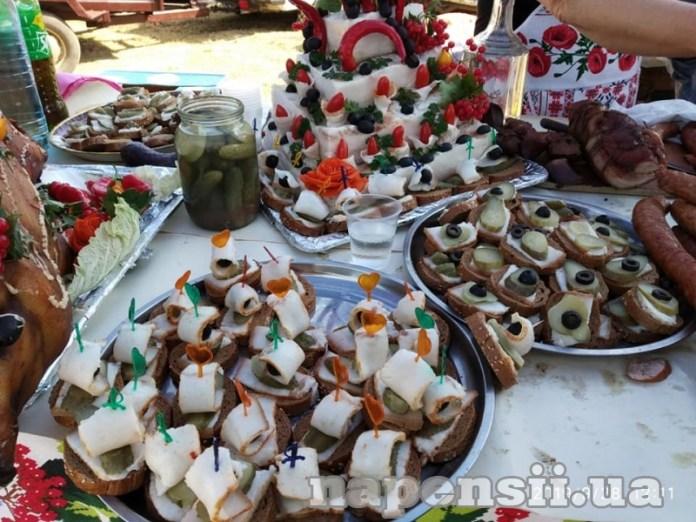В минувшие выходные Любашевка угощала колбасой (ФОТО)