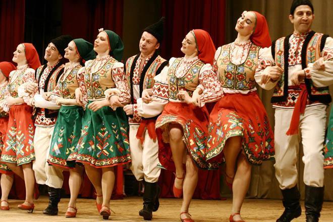 Весело и вкусно: знакомимся с народными традициями