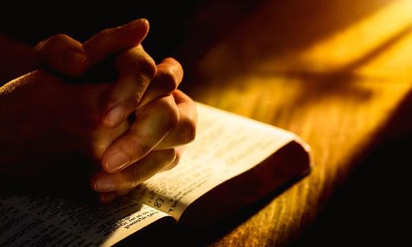 Когда молитва помогает излечить болезни?