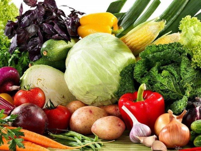 Обзор рынков: одни овощи дешевеют, а другие — дорожают