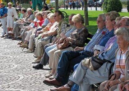 Пожилые в Израиле экономят на еде и отоплении