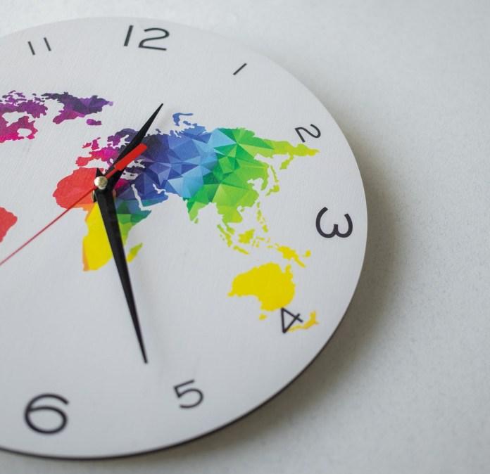 2021: коли переведення годинників на зимовий час