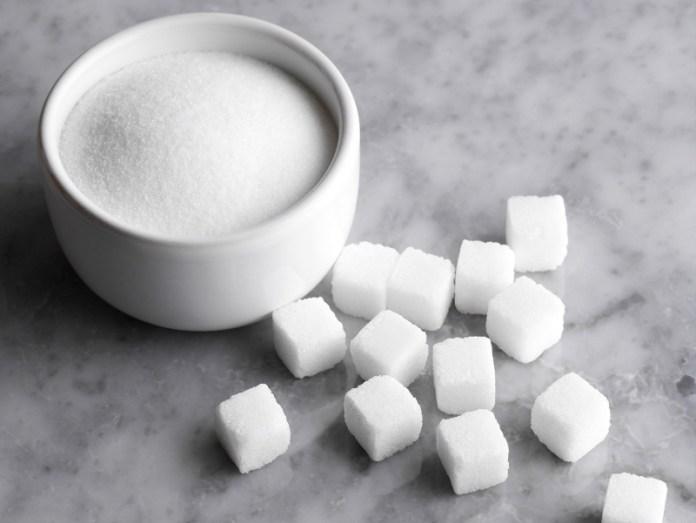 Весной в Украине подорожает сахар