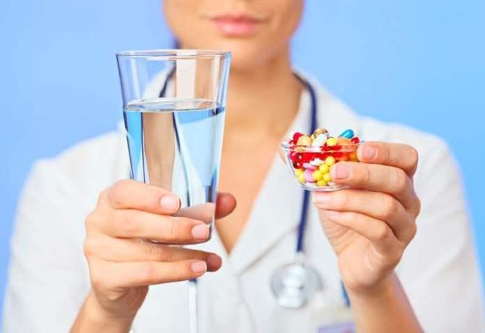 Учитесь принимать лекарства вовремя