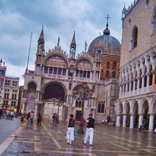 Up now on #NAPerfectWorld #flashback to my trip to #Venezia in 2006. #FBF #Venice #PiazzaSanMarco