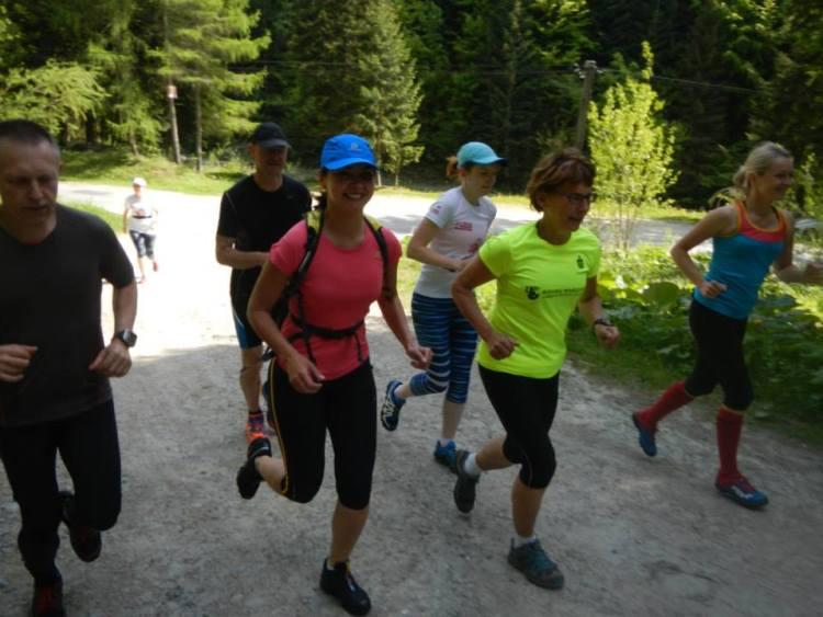 Poranny trening na obozie Ultraprzygoda 2015. Fot. Aleksander Senk