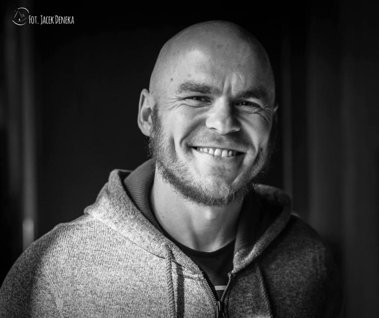 Tomek Komisarz Fot Jacek Denera porret