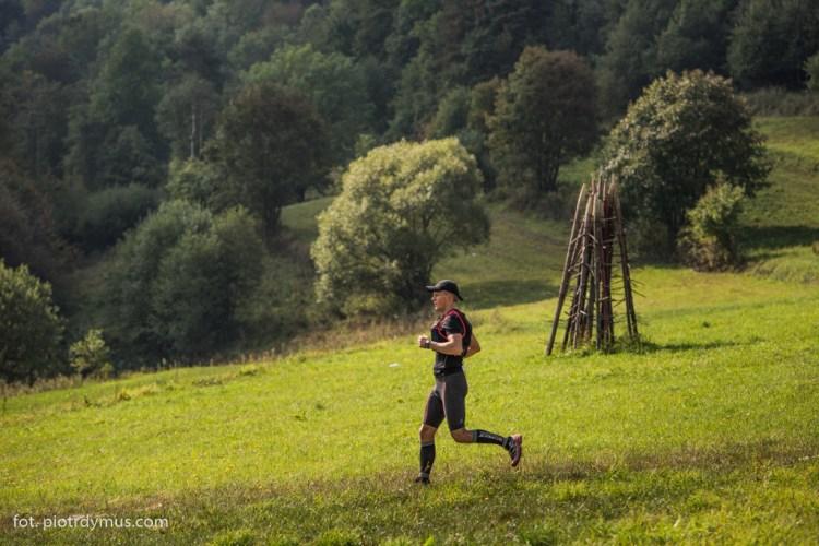 Sielskie krajobrazy na biegu 7 dolin. Fot. Piotr Dymus