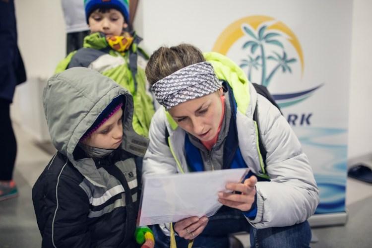 Żona autora i syn szykują się do biegu na 10-kilometrowej trasie rekreacyjnej Liczyrzepy. Fot. Ostre Kadry by Paweł Banaszkiewicz